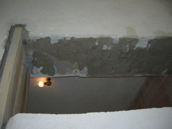 suite ouverture porte dans mur maison en pierre jointage a. Black Bedroom Furniture Sets. Home Design Ideas